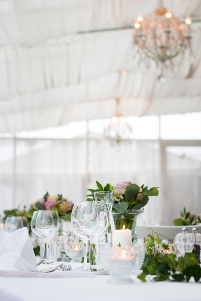 event planner table decorations